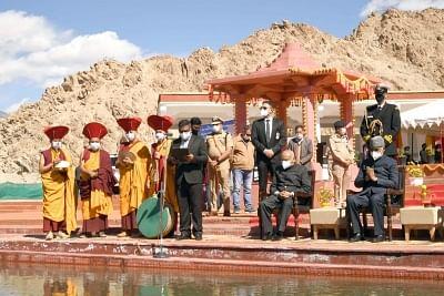 राष्ट्रपति ने लेह के पास की सिंधु दर्शन पूजा