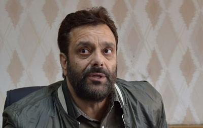 जम्मू-कश्मीर में अपनी पार्टी में शामिल हुए पूर्व मंत्री