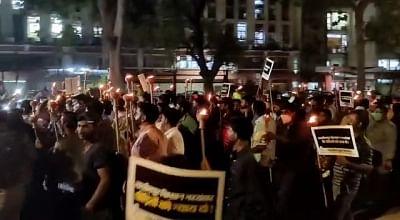 लखीमपुर खीरी हिंसा : किसानों को न्याय, गृह राज्य मंत्री की बर्खास्तगी को लेकर भारतीय युवा कांग्रेस ने निकाला मशाल आक्रोश जुलूस