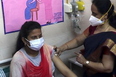 मप्र में 3 लाख गर्भवती महिलाओं का वैक्सीनेशन