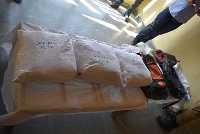 जम्मू-कश्मीर के उरी सेक्टर में करोड़ों रुपये का नशीला पदार्थ बरामद