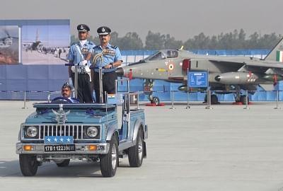 किसी भी बाहरी ताकतों को हमारे क्षेत्र का उल्लंघन नहीं करने दिया जाएगा : वायुसेना प्रमुख (लीड-1)