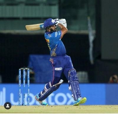 प्रशंसक ने रोहित शर्मा से मांगी भारत और पाकिस्तान मैच की टिकट