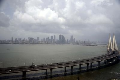 आज दिल्ली में आंशिक रूप से बादल छाए रहेंगे, बारिश की संभावना नहीं