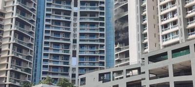 मुंबई की 61 मंजिला इमारत में आग लगने से एक की मौत (लीड-1)