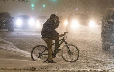 ठंड के मौसम के बीच उत्तरी अमेरिकी राज्यों में कोरोना के मामले बढ़े