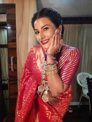 विवाना सिंह: अपने घर में मनाते हैं दुर्गा पूजा समारोह