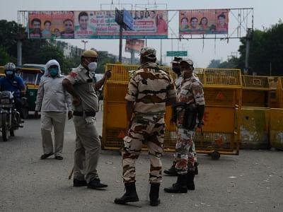 दिल्ली पुलिस ने कोरोना के नियमों का उल्लंघन करने को लेकर रामलीला आयोजकों के खिलाफ दर्ज की एफआईआर