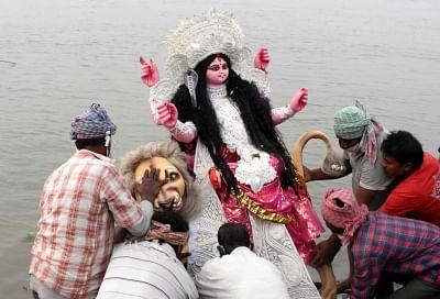 बिहार: नदियों में किया मूर्ति विसर्जन तो देना होगा जुर्माना, विसर्जन के लिए तैयार हैं अस्थायी तालाब