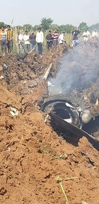 मप्र में मिराज-2000 क्रैश, पायलट सुरक्षित, जांच के आदेश (लीड-1)