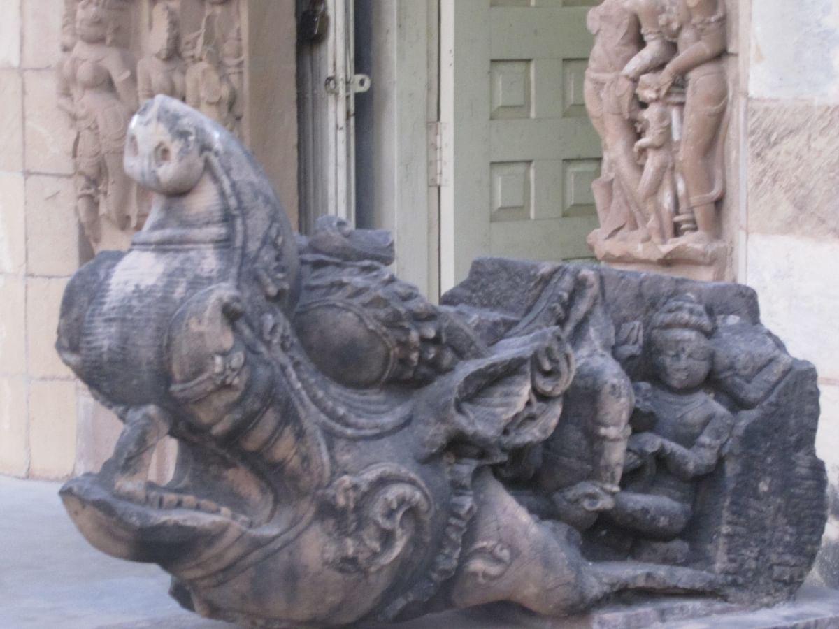 पुरातत्व संग्रहालय खजुराहो के बारे में जानकारी - Archaeological Museum Khajuraho in Hindi