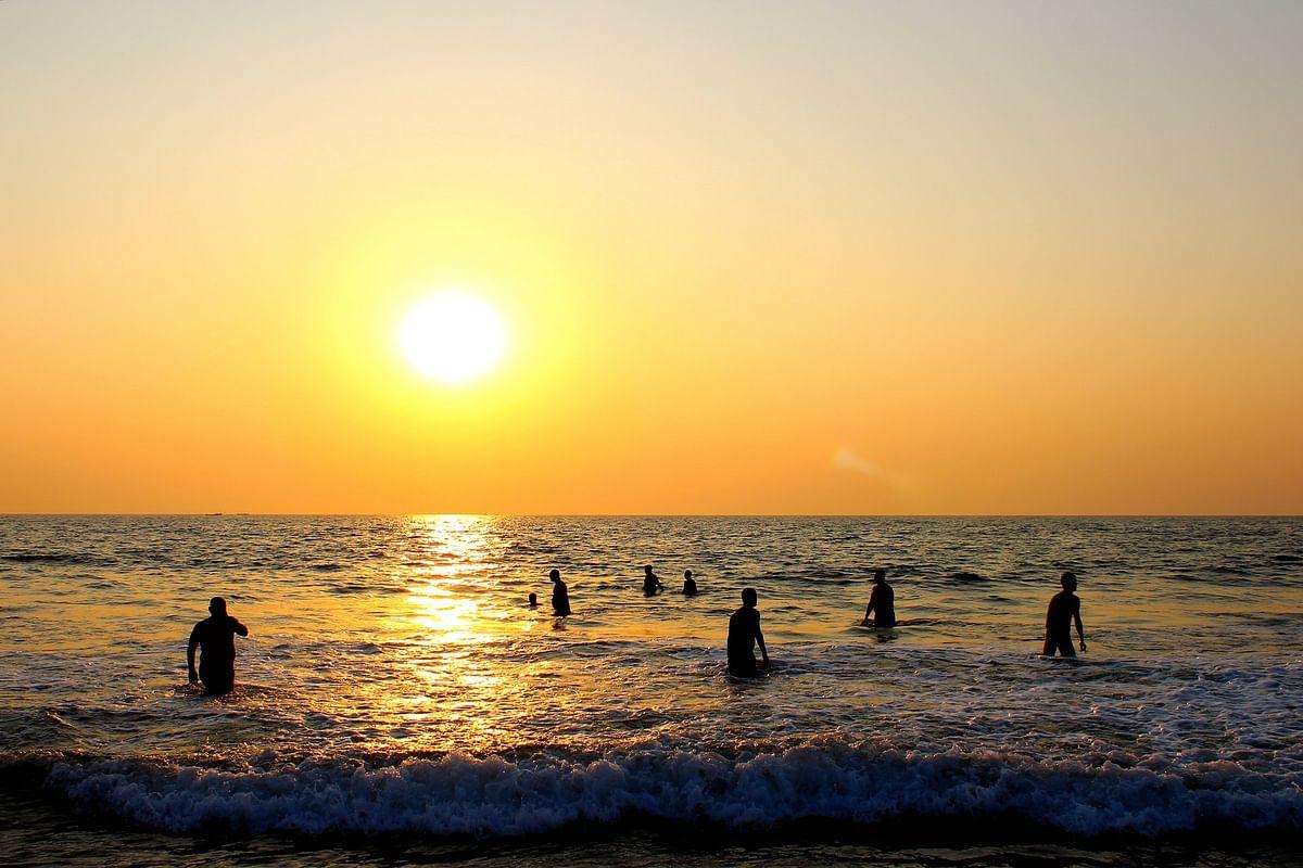 कैंडोलिम बीच के बारे में जानकारी - Candolim Beach Goa in Hindi