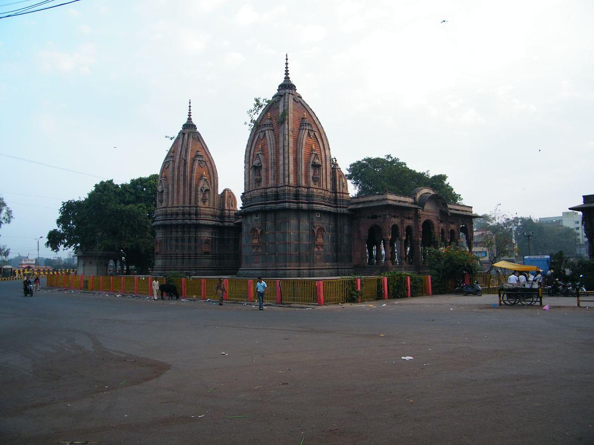 छतरी स्मारक के बारे में जानकारी - Chhatris in Hindi