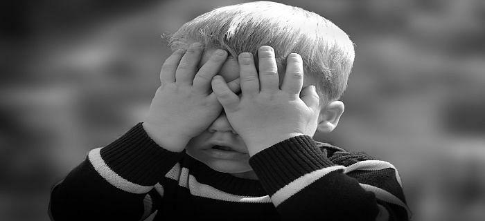 छोटे बच्चे की हिचकी को कैसे रोकें?