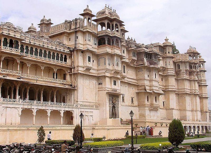 सिटी पैलेस उदयपुर के बारे में जानकारी- City palace udaipur in Hindi