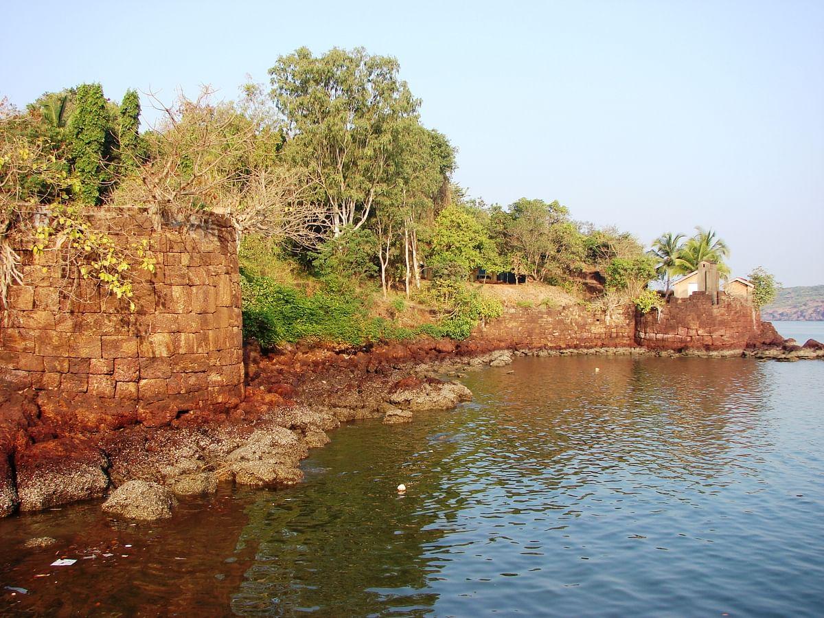 देवघर किला के बारे में जानकारी - Devgarh Fort in Hindi