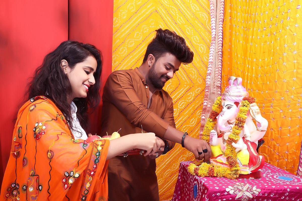 कैसे करें ऑफिस में दीपावली की पूजा विधि - Diwali Puja At Office Vidhi