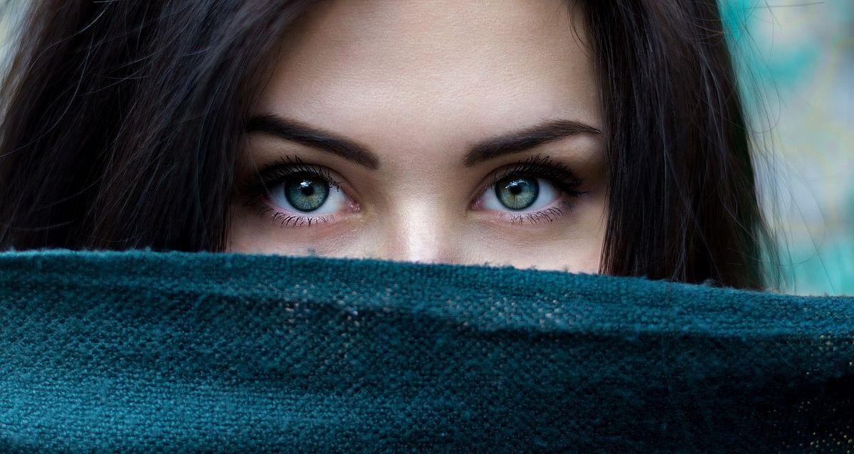 भौंहों की देखभाल - Eyebrow care tips in Hindi