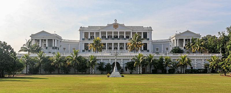 फलकनुमा पैलेस के बारे में जानकारी - Falaknuma Palace in Hindi