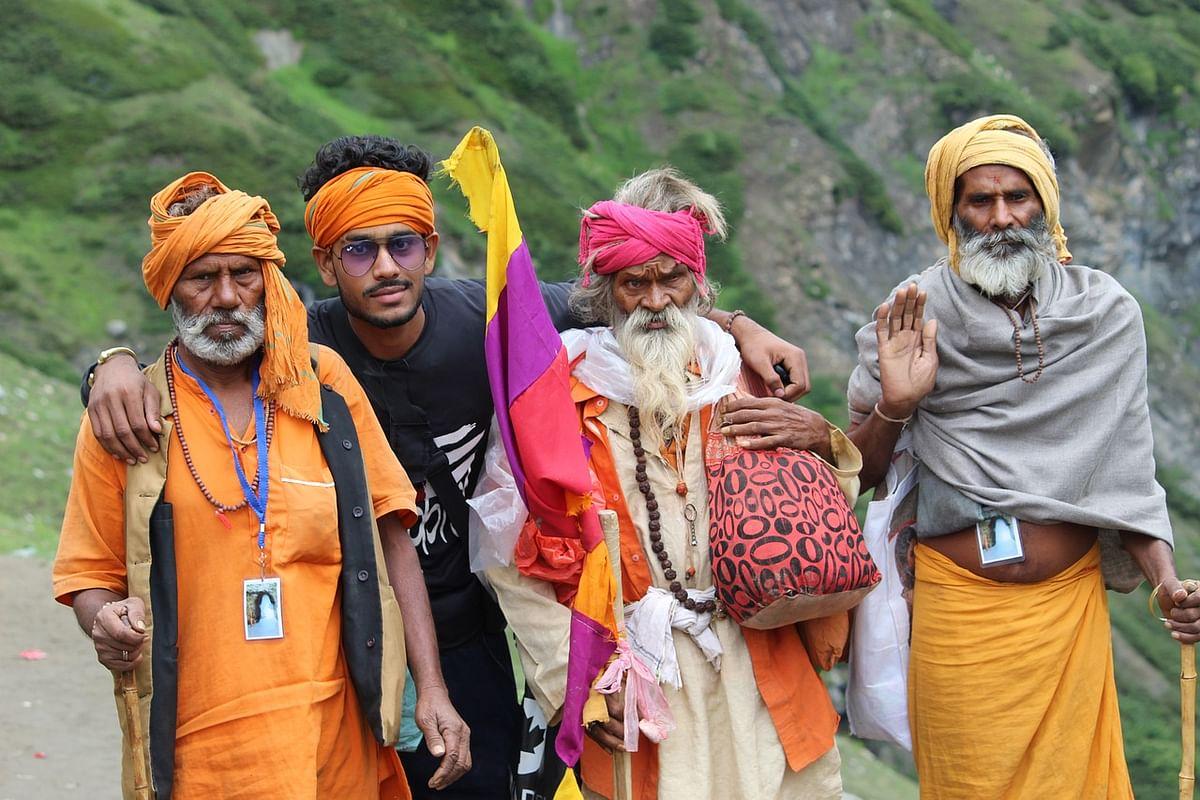 हिन्दुत्व एकत्व का दर्शन है- Hindutva Ekatv Ka Darshan Hai