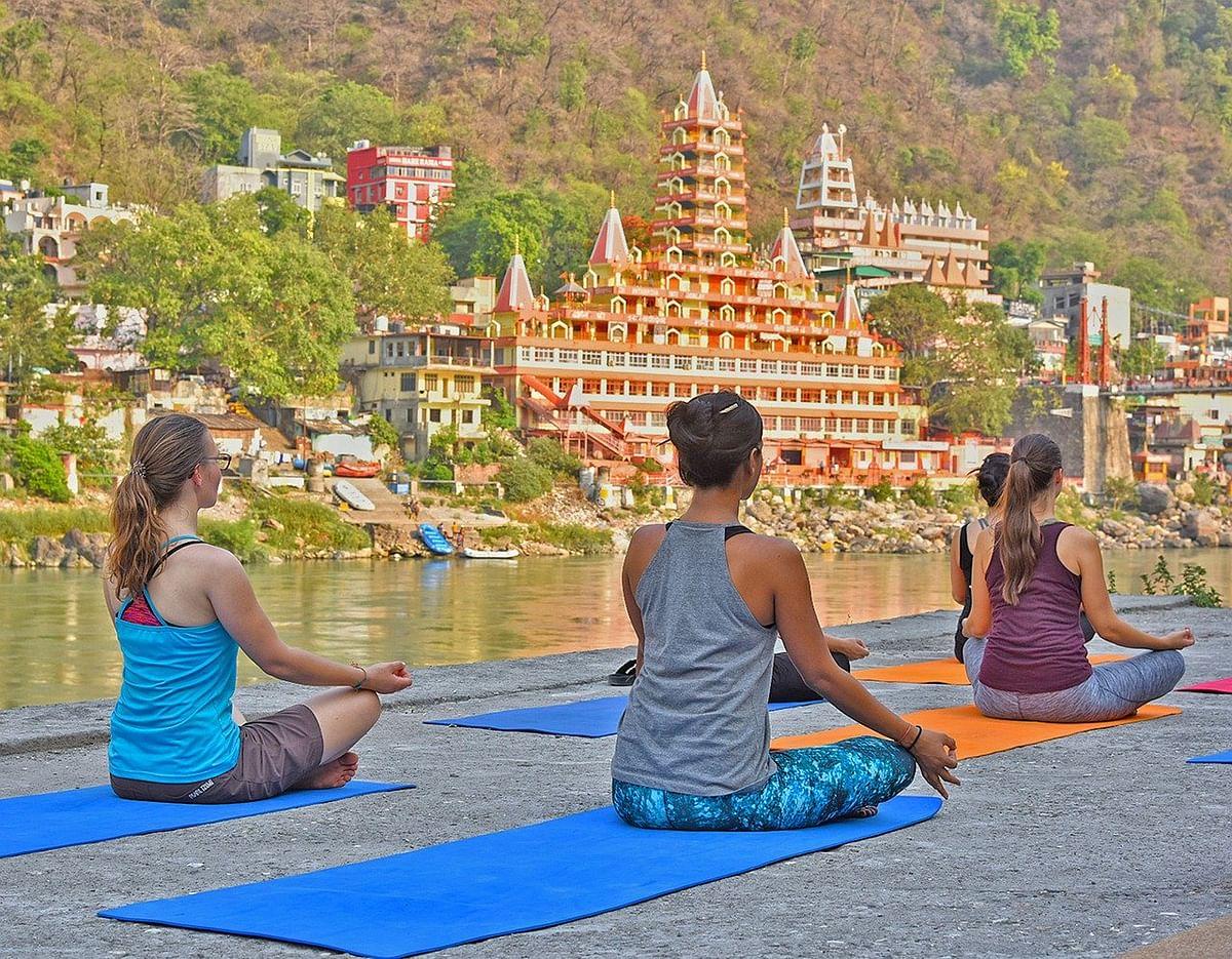 अंतर्राष्ट्रीय योग और संगीत उत्सव के बारे में जानकारी - International Yoga & Music Festival in Hindi