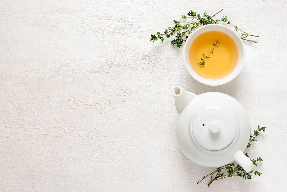 ग्रीन टी या लेमन टी कौन है बेहतर - Lemon tea or green tea which is better for weight loss in Hindi