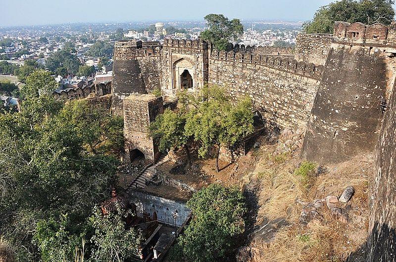 झांसी का किला के बारे में जानकारी - Jhansi Fort in Hindi
