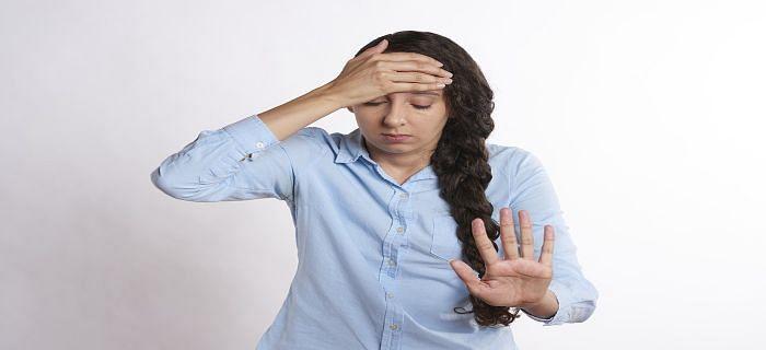 मीनोपॉज (रजोनिवृत्ति) के लक्षण और सरल इलाज