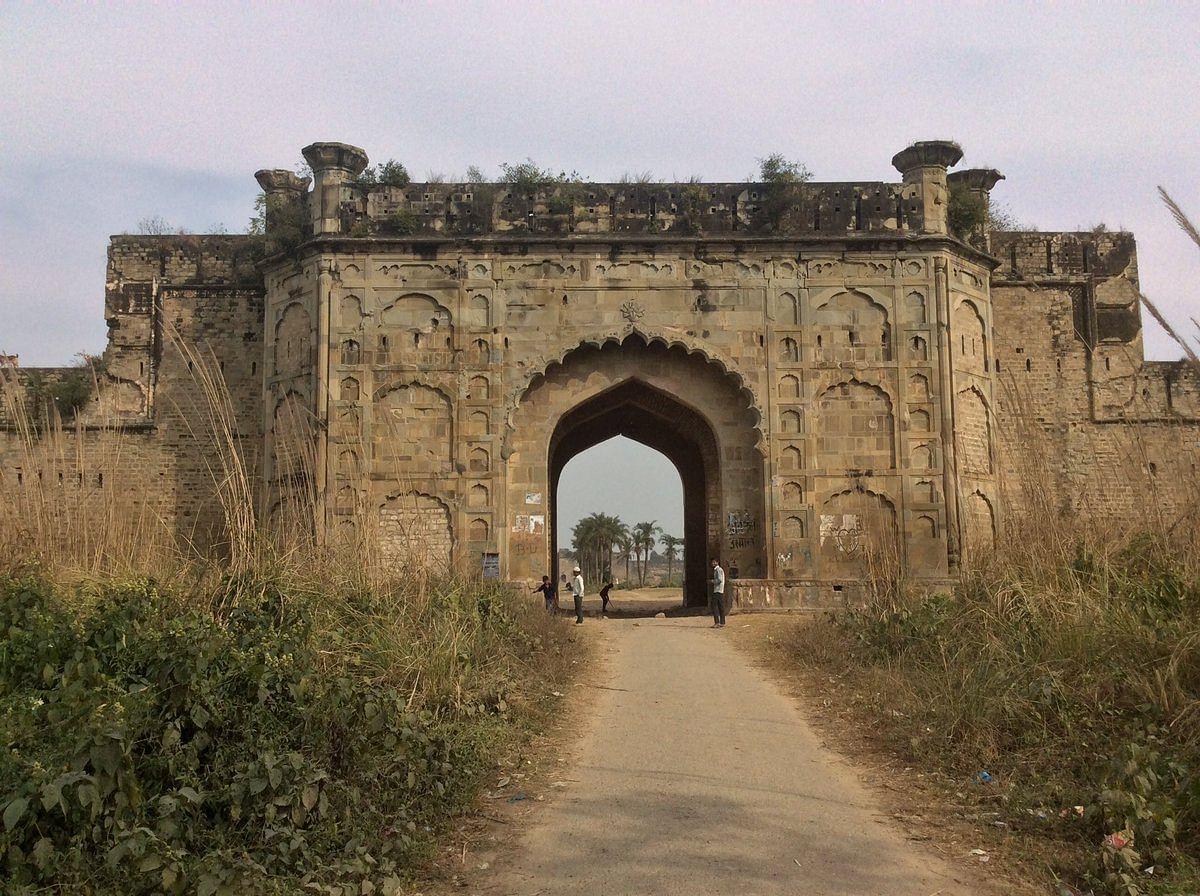 नजीबुदौला किला के बारे में जानकारी - Najibudaulah's Fort in Hindi