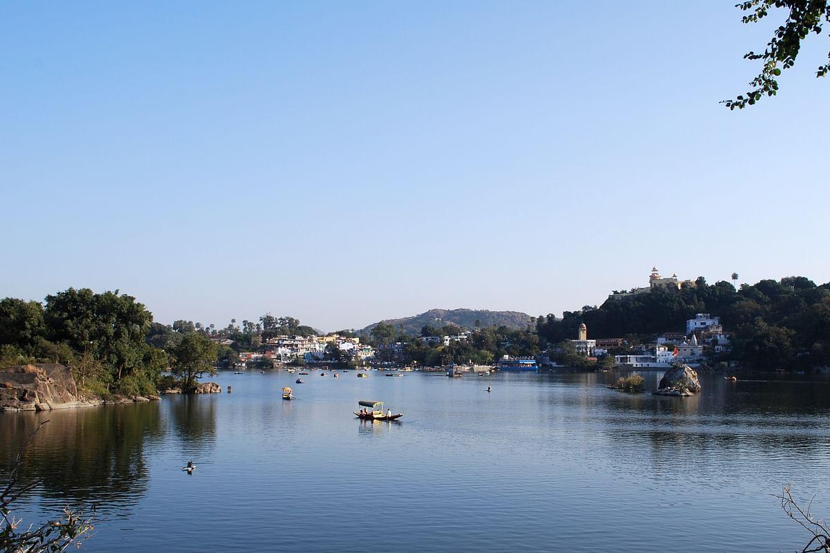 नक्की झील - Nakki Lake in Hindi