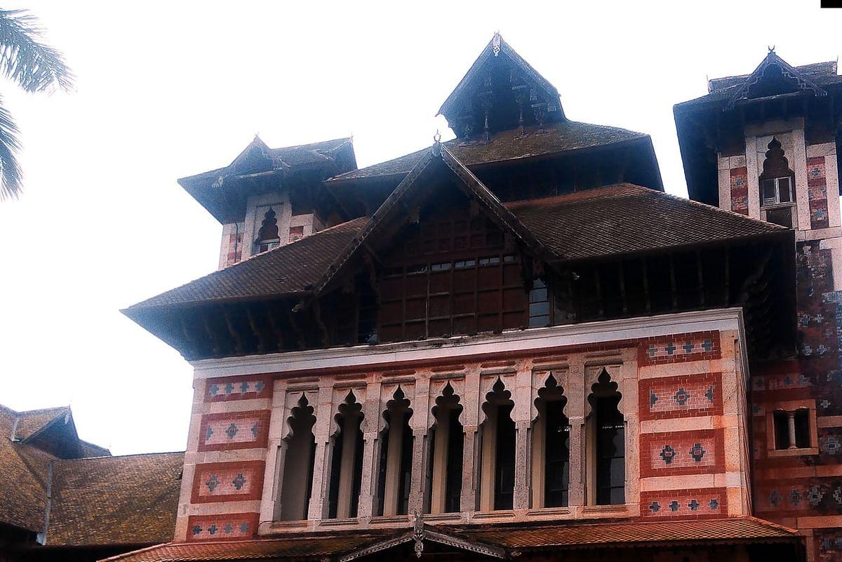 नेपियर संग्रहालय के बारे में जानकारी - Napier Museum Thiruvananthapuram in Hindi