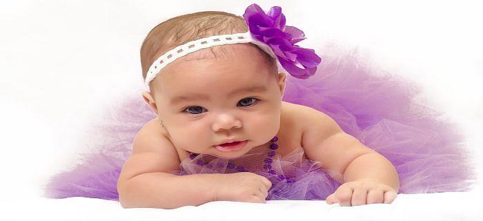नवजात बच्चों के लिए कैसे कपड़े होने चाहिए?