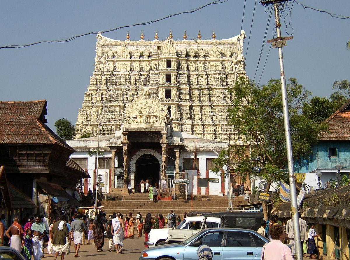 पद्मनाभस्वामी मंदिर के बारे में जानकारी - Padmanabhaswamy Temple Thiruvananthapuram in Hindi