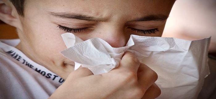 प्रदूषण के कारण सर्दी जुकाम से बच्चों को बचाने के टिप्स
