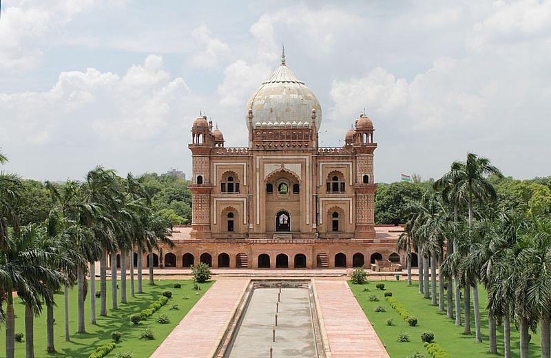 सफदरजंग का मकबरा के बारे में जानकारी - Safdarjung Tomb in Hindi