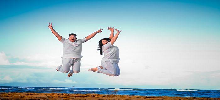 शादीशुदा जिंदगी में लाए मिठास, अपनाएं ये टिप्स