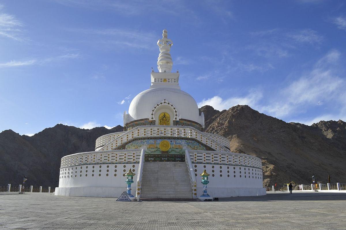 शांति स्तूप मंदिर के बारे में जानकारी - Shanti Stupa Leh in Hindi