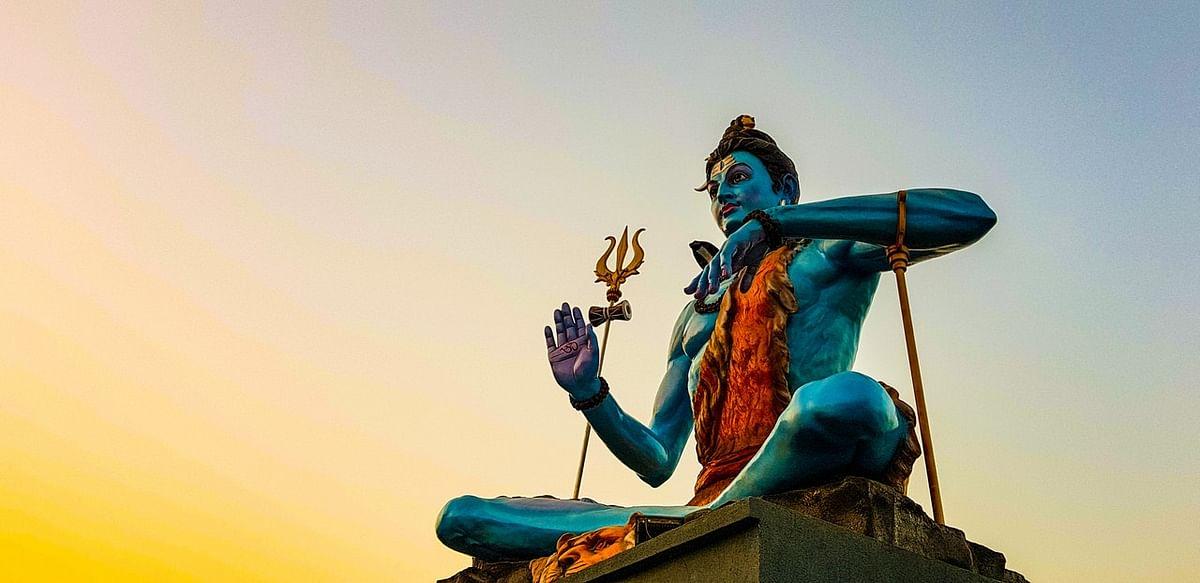 सोमवार व्रत कथा- Somvar (Monday Fast) Vrat Katha in Hindi