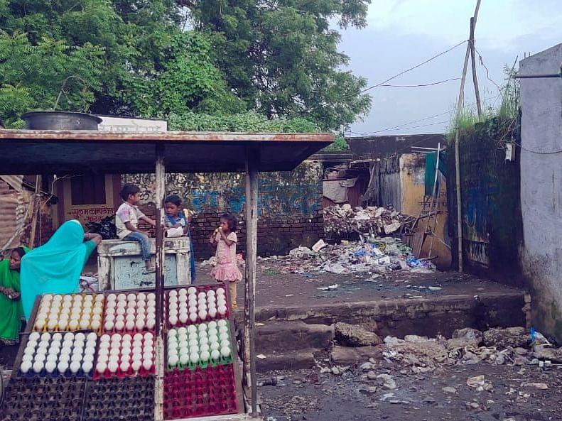 खण्डवा: ग्राम पंचायत को बना दिया प्रॉपर्टी ब्रोकर की दुकान