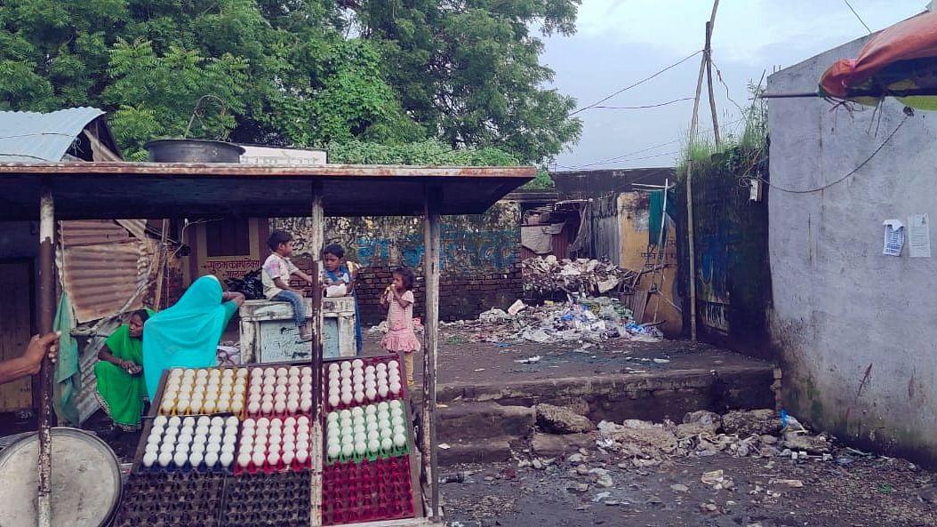 ग्राम पंचायत को बना दिया प्रॉपर्टी ब्रोकर की दुकान