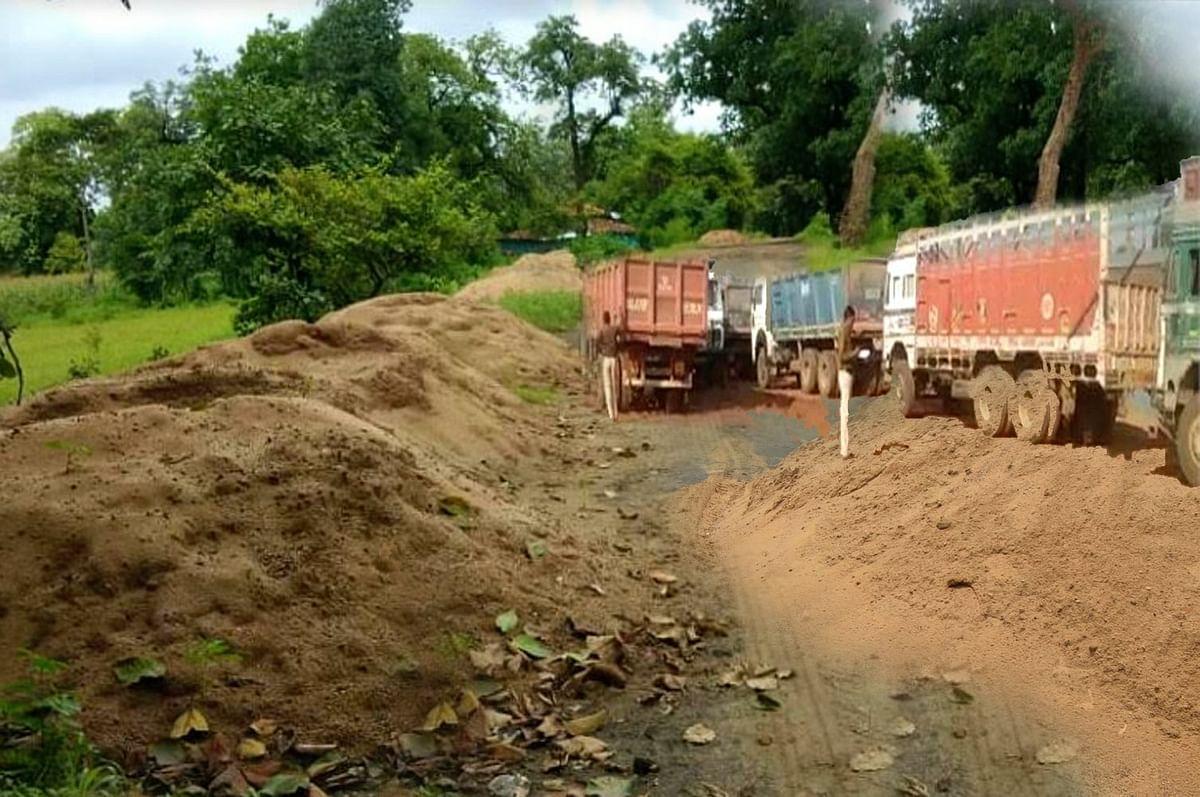 छिंदवाड़ा: राजस्व विभाग की बड़ी कार्यवाही, 20 ट्राली रेत जब्त