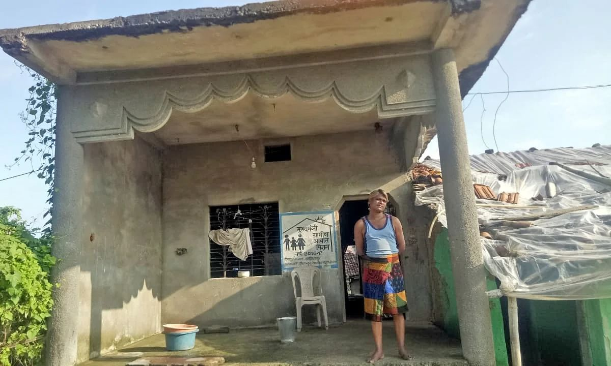 बालाघाटः मुख्यमंत्री आवास योजना अटकी अधर में