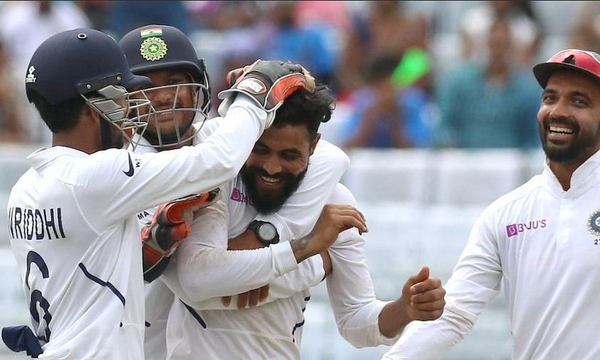 भारतीय गेंदबाजों और रोहित का कमाल, अफ्रीका को खिलाया फॉलोऑन