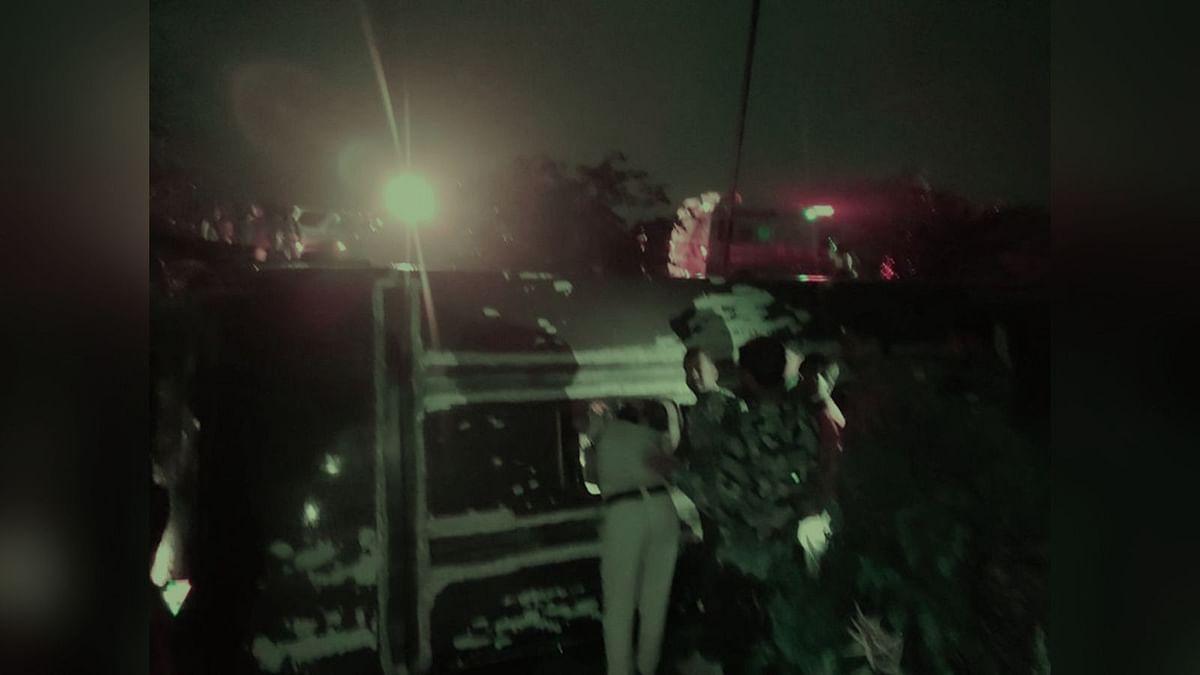 दुर्घटना! बैतूल में पलटी निजी बस, 4 यात्री घायल
