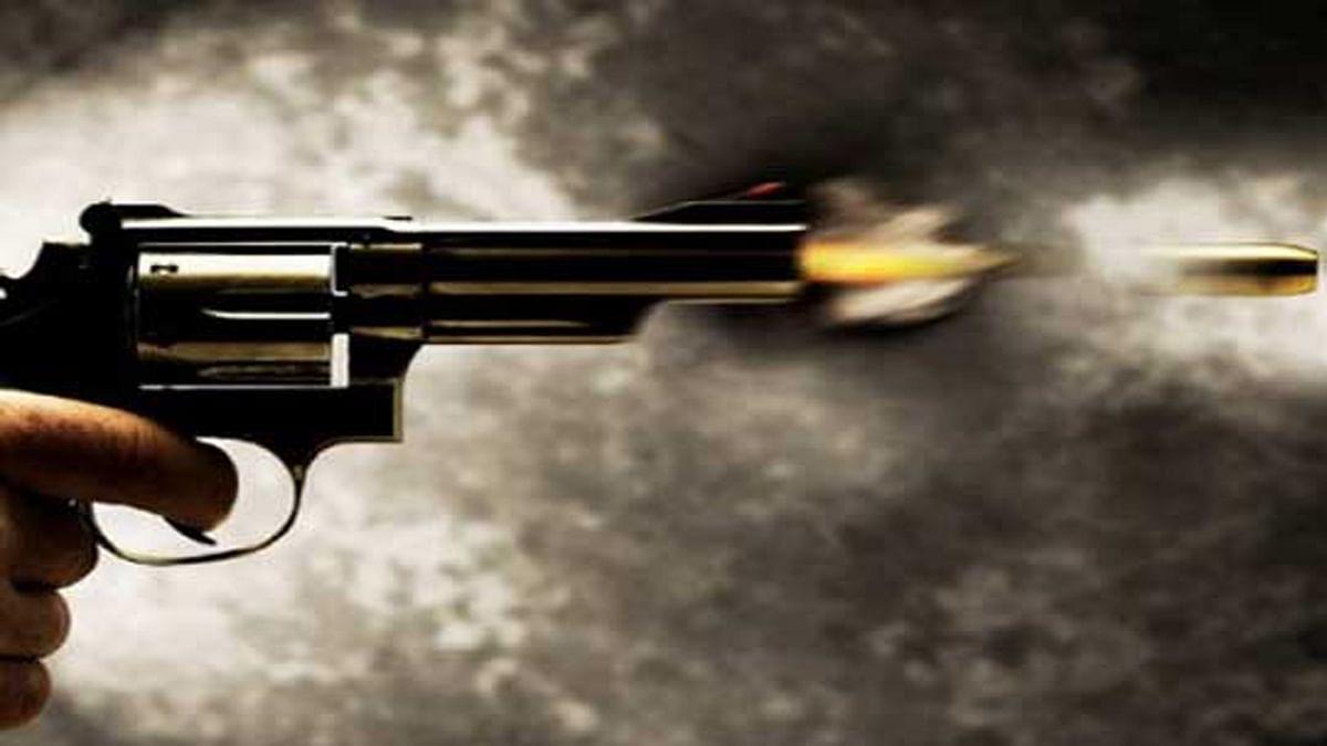ग्वालियरः बदमाशों ने बैंक में किया गोली कांड