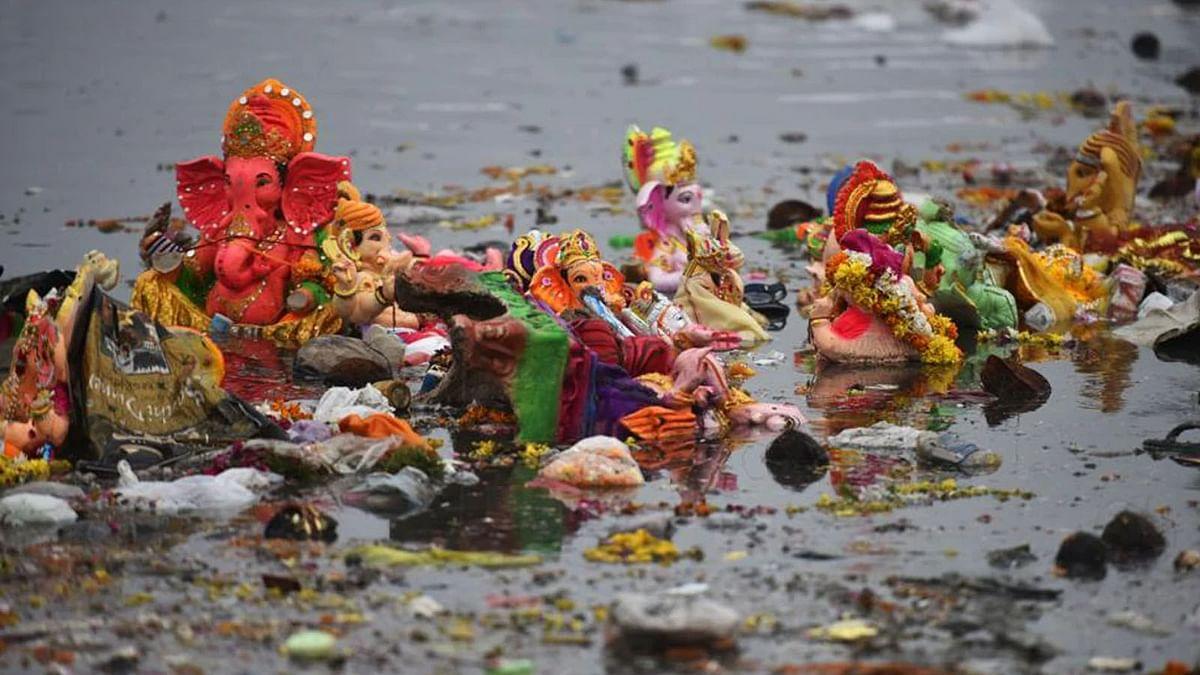 मूर्ति निर्माण में प्रदूषणकारी तत्व बैन-नदियों में विसर्जन पर भारी जुर्माना