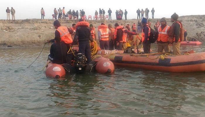 पटनाः महानंदा नदी में नाव पलटने से हुआ भीषण हादसा, 50 लोग लापता, 7 लोगों की मौत