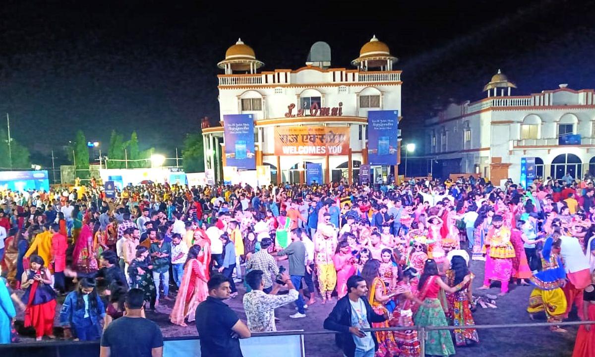 इंदौर: बहुत धूमधाम से हुआ 'राज गरबा महोत्सव' 2019 का आगाज़
