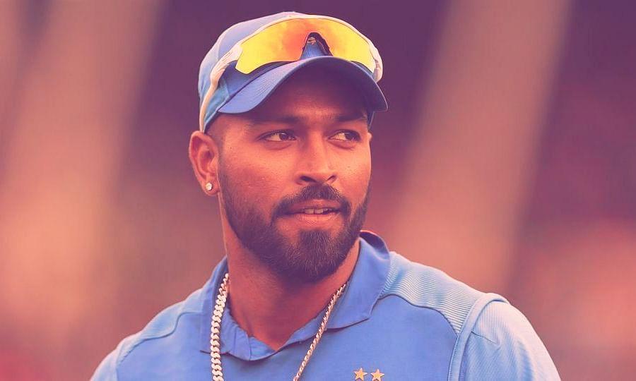 हार्दिक पंड्या पर भड़के क्रिकेट प्रशंसक, कहा ज़रा विनम्र रहना सीखें