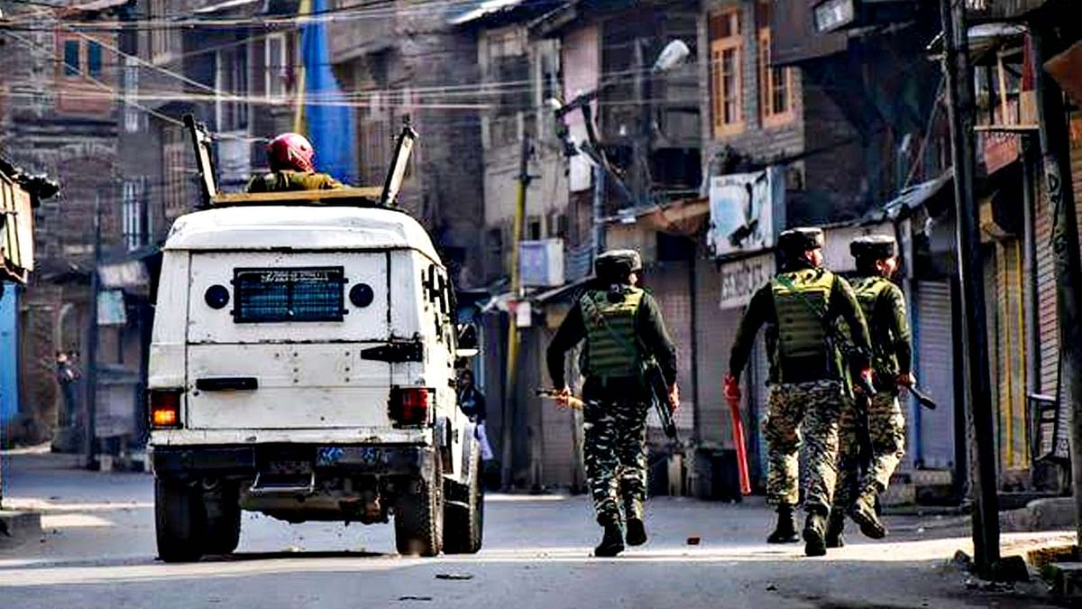 Non Kashmiri Workers Firing